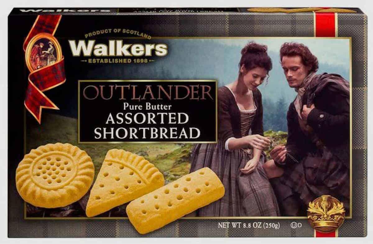 Walker's Outlander-branded shortbread box.