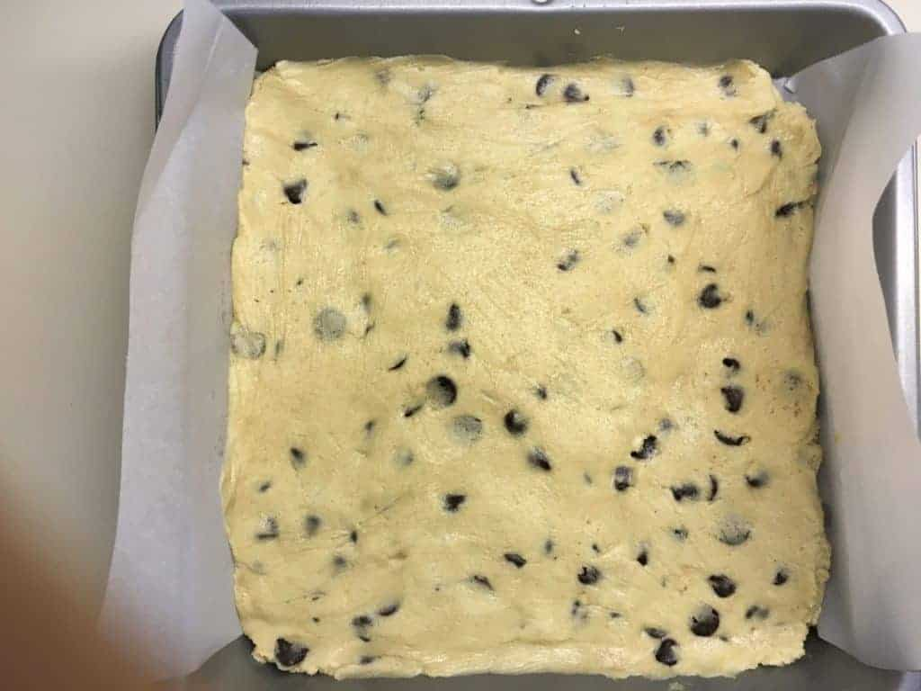 chocolate chip cookie cake before baking