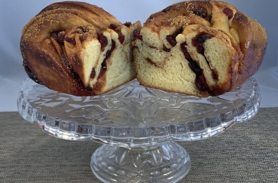 Cranberry Wine Babka split