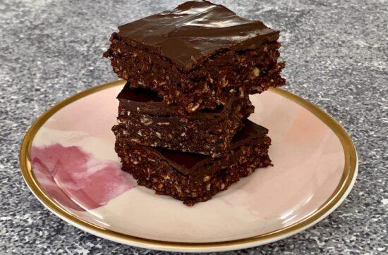 stacked no bake chocolate raspberry brownies